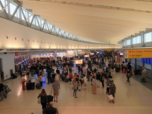 JFK空港第5ターミナルの内部