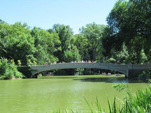 セントラルパーク内のボウブリッジ