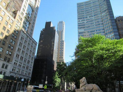 NYPL前の風景