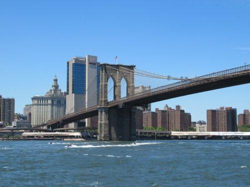 ブルックリンブリッジとマンハッタン
