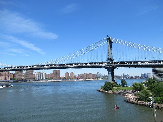 壮大なマンハッタンブリッジ