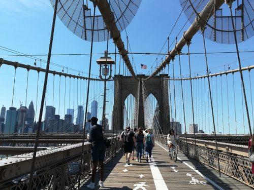 ブルックリンブリッジからマンハッタン側の眺め