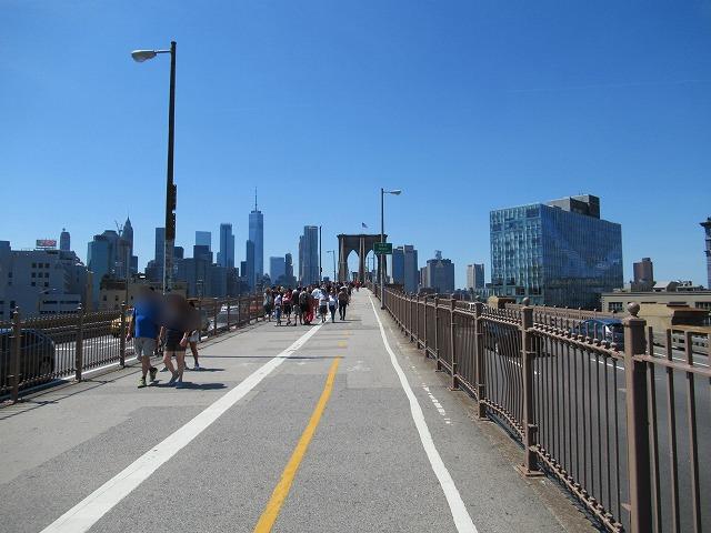 ブルックリンブリッジの歩道(ブルックリン側)