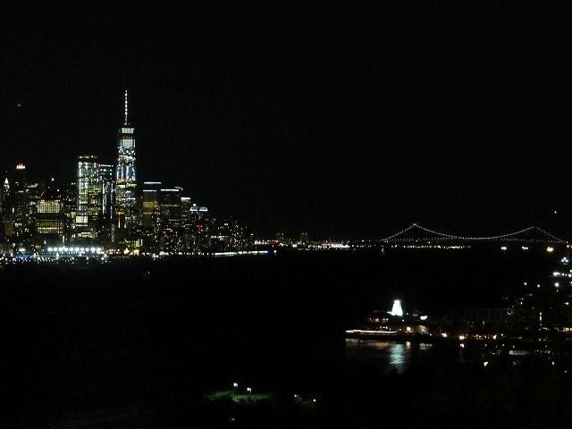 ハミルトンパークから見えるロウアーマンハッタンの夜景