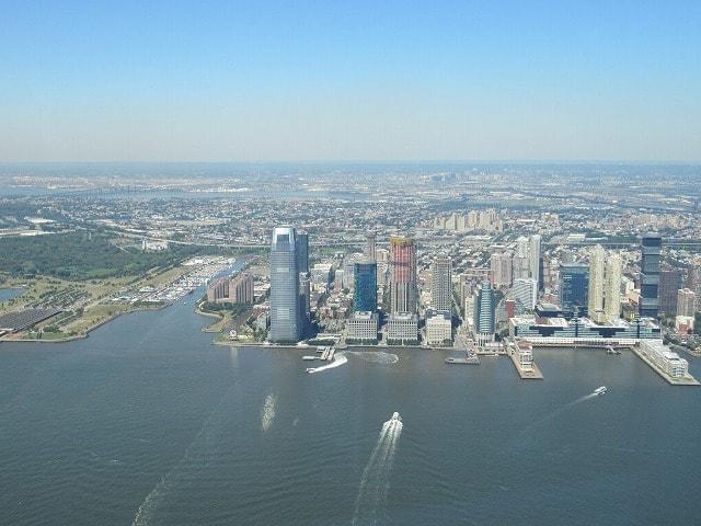 ワンワールド展望台から見えるジャージーシティ方面