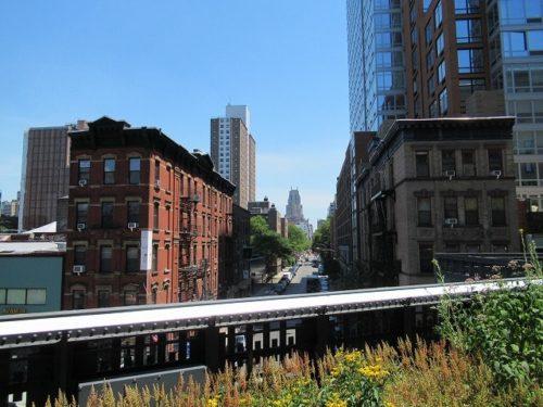 ハイラインから見えるNYの街の様子