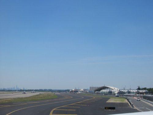 JFK空港から見えるマンハッタン