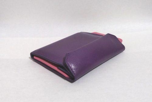 iPhoneも入る財布の使い心地レビュー