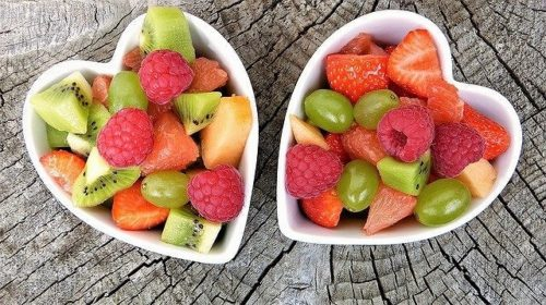 色鮮やかなフレッシュフルーツ